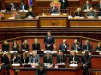 Presidente del Consiglio Renzi parla in Senato
